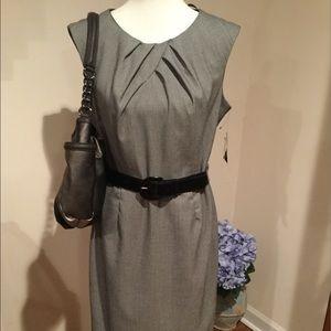Studio I Sleeveless Dress
